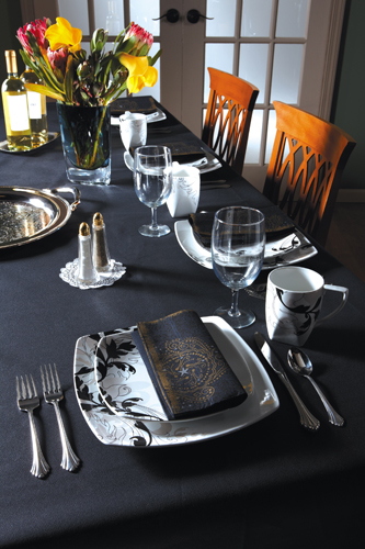 Black Paper Banquet Tablecovers - Dunisilk